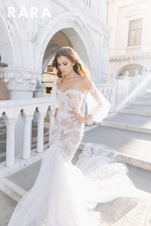 Wedding gown Rara Avis Flyteria