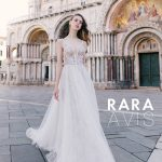 Wedding gown Rara Avis Neital in nude color