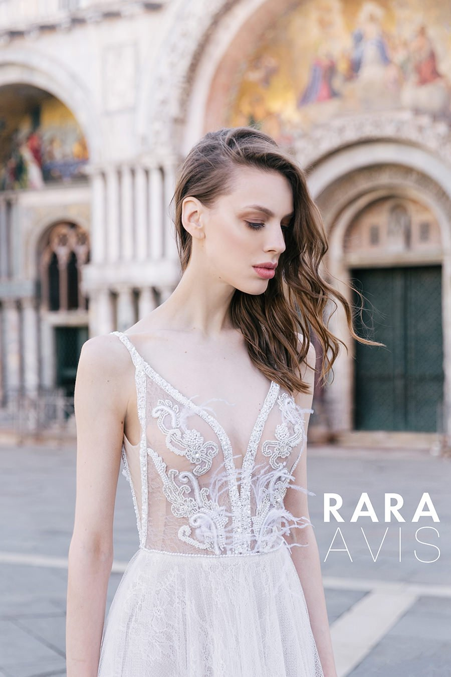 Wedding gown Rara Avis Neital in nude color