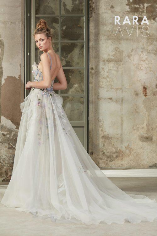 Wedding gown Rara Avis Selbi