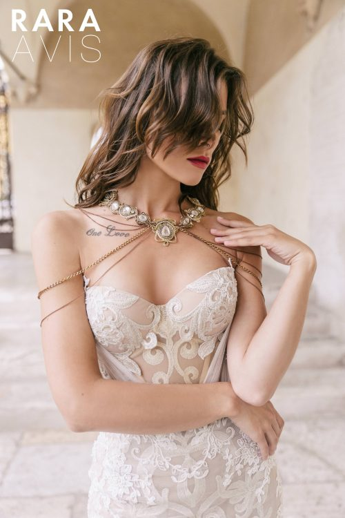 Wedding gown Rara Avis Teini