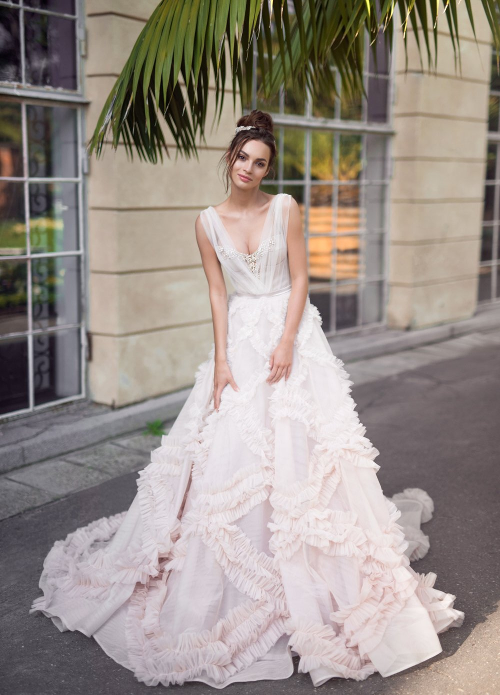 About Luxx Nova   Wedding dresses online store