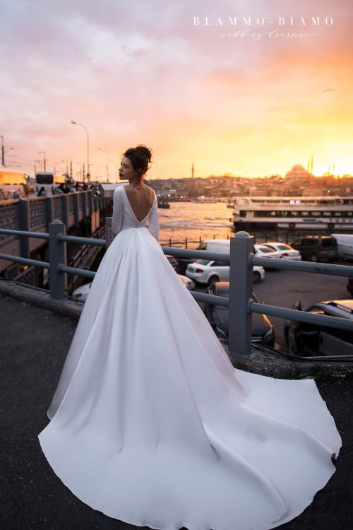 Wedding gown Blammo-Biamo TILDA