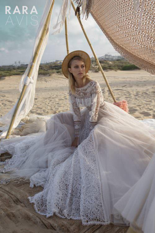 Wedding gown Rara Avis Alyfi