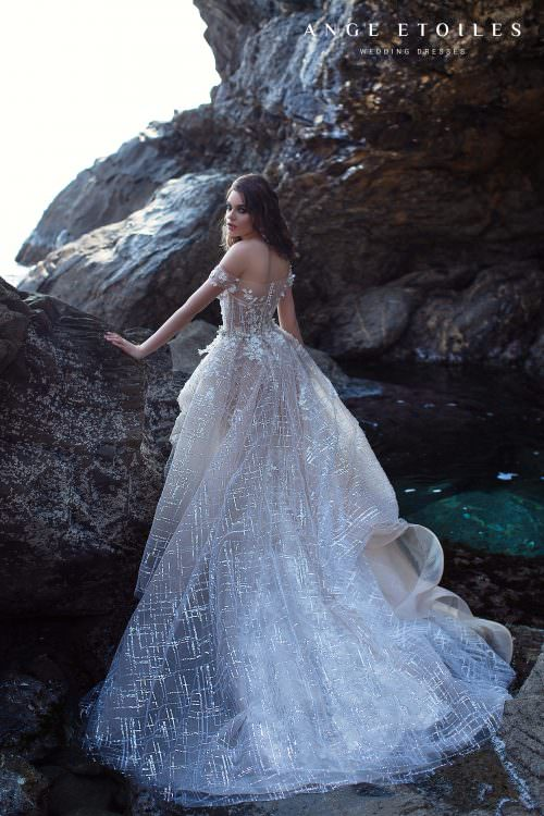 Wedding gown Ange Etoiles Rihanna