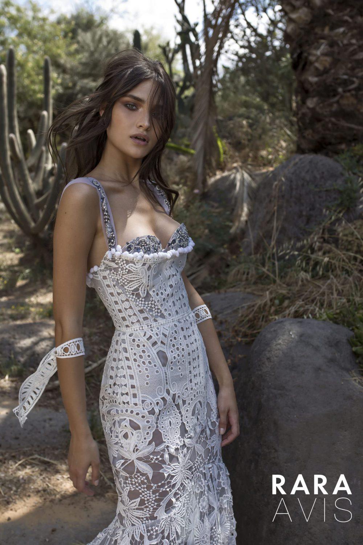Wedding gown Rara Avis Koli
