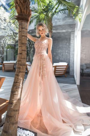 Wedding gown Strekoza Autunno