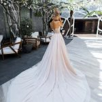 Wedding gown Strekoza Brillare