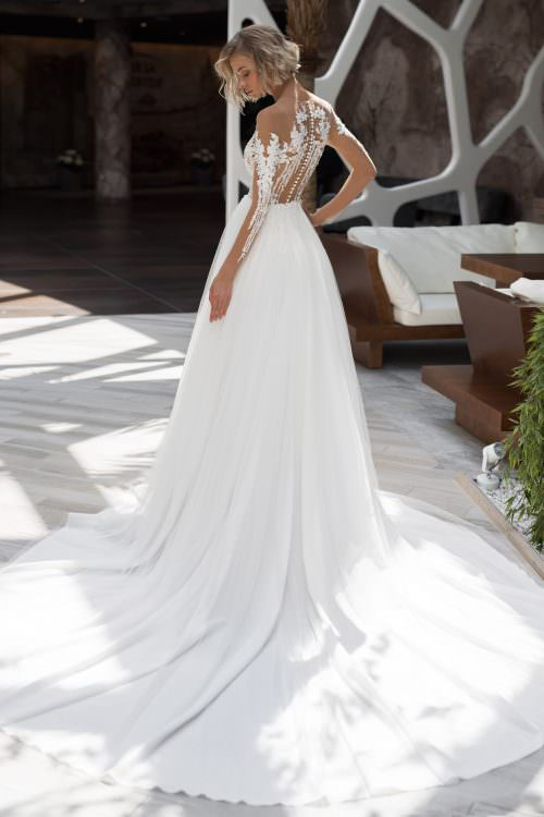 Wedding gown Strekoza Fenice