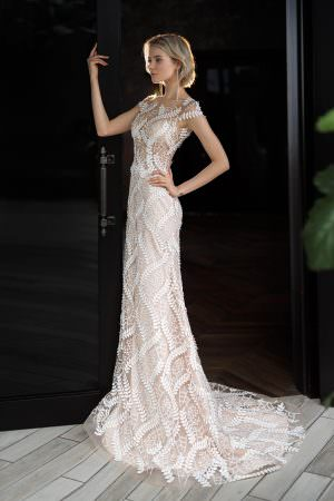Wedding gown Strekoza Foresta