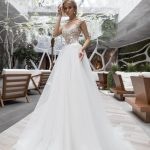 Wedding gown Strekoza Meleto