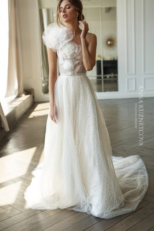 Wedding dress Anna Kuznetcova Juli