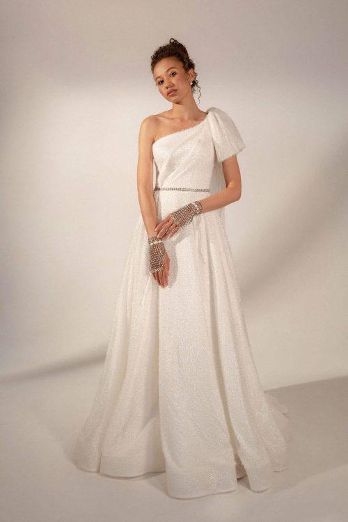 A-line one shoulder wedding dress Lubov by Rara Avis