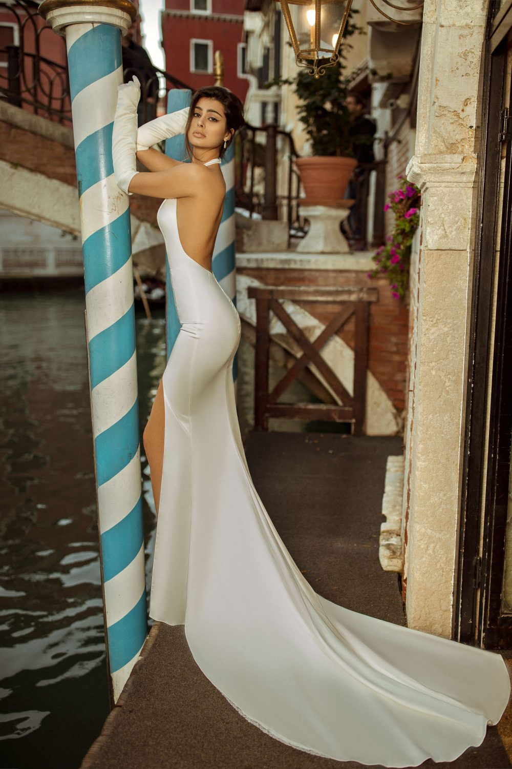 Plunge V-neck fitted wedding dress Millow by Rara Avis with a slit