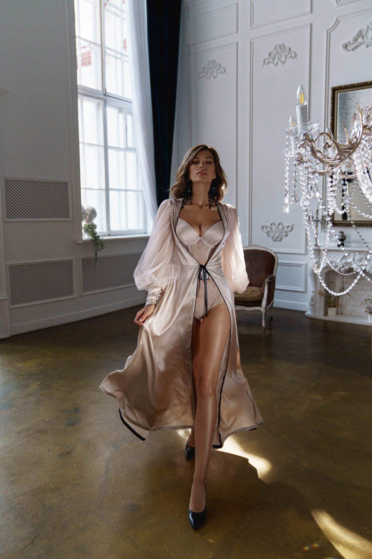 Rara Avis lingerie set Ingrid and Misi robe