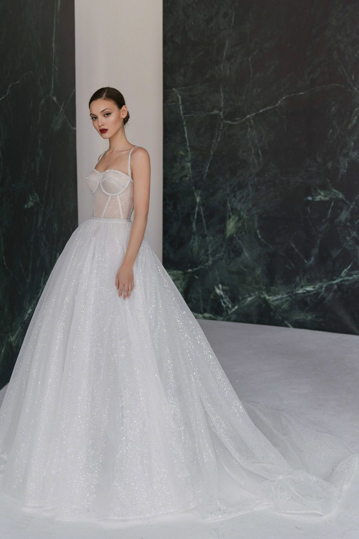 Wedding dress ShiNe by Rara Avis