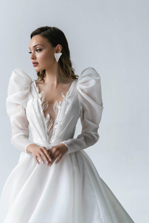 Wedding dress Slava by Rara AVis